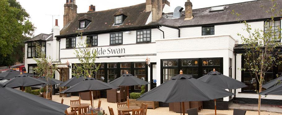 swan pub.jpg