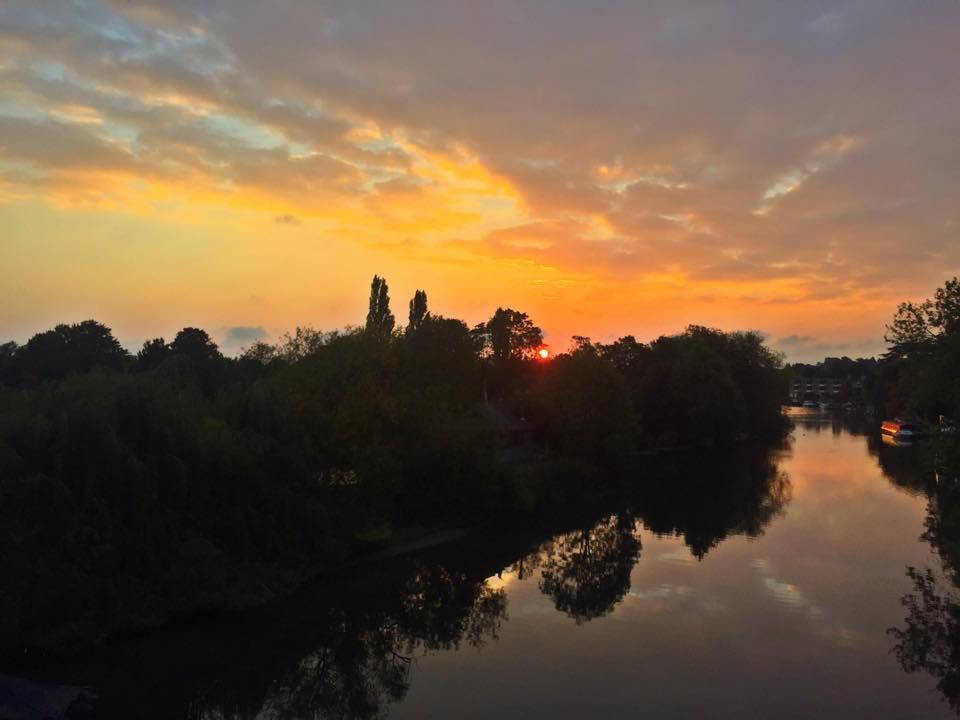 Sunrise Thames Ditton Island2.jpg