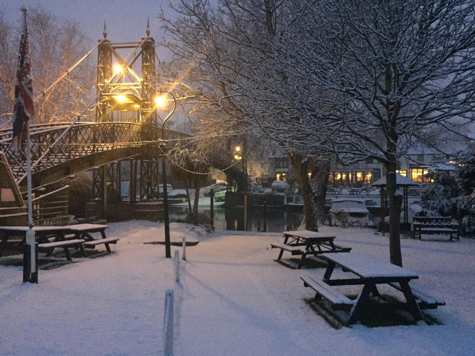 Thames Ditton Island in snow.jpg