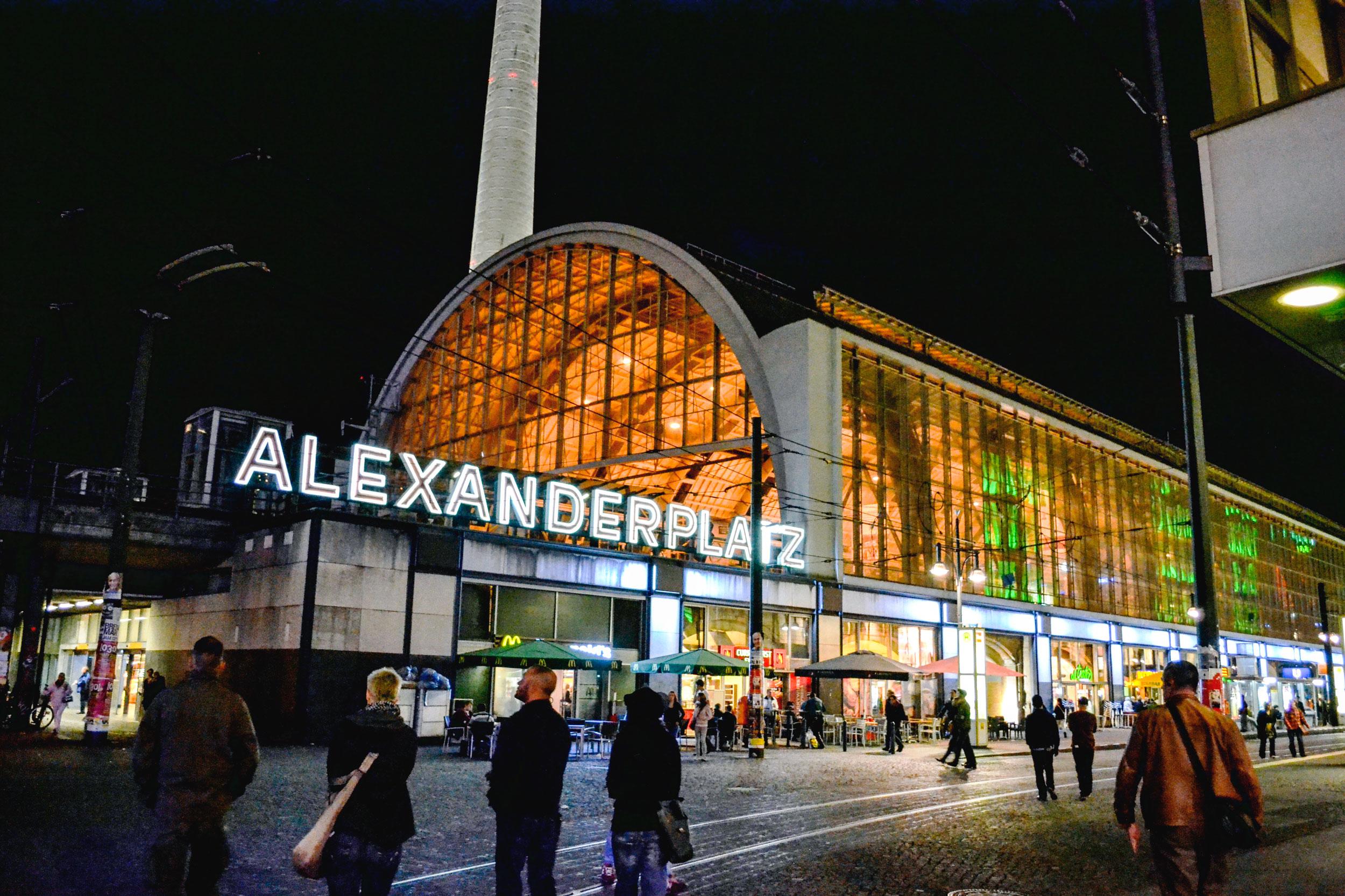 berlin-alexanderplatz-02.jpg