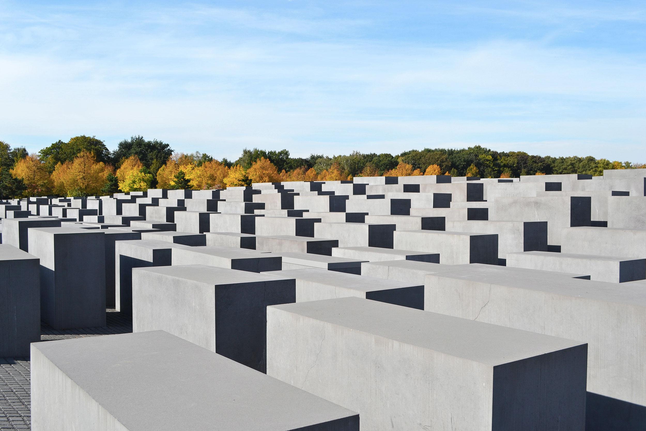 HolocaustMemorial2.jpg