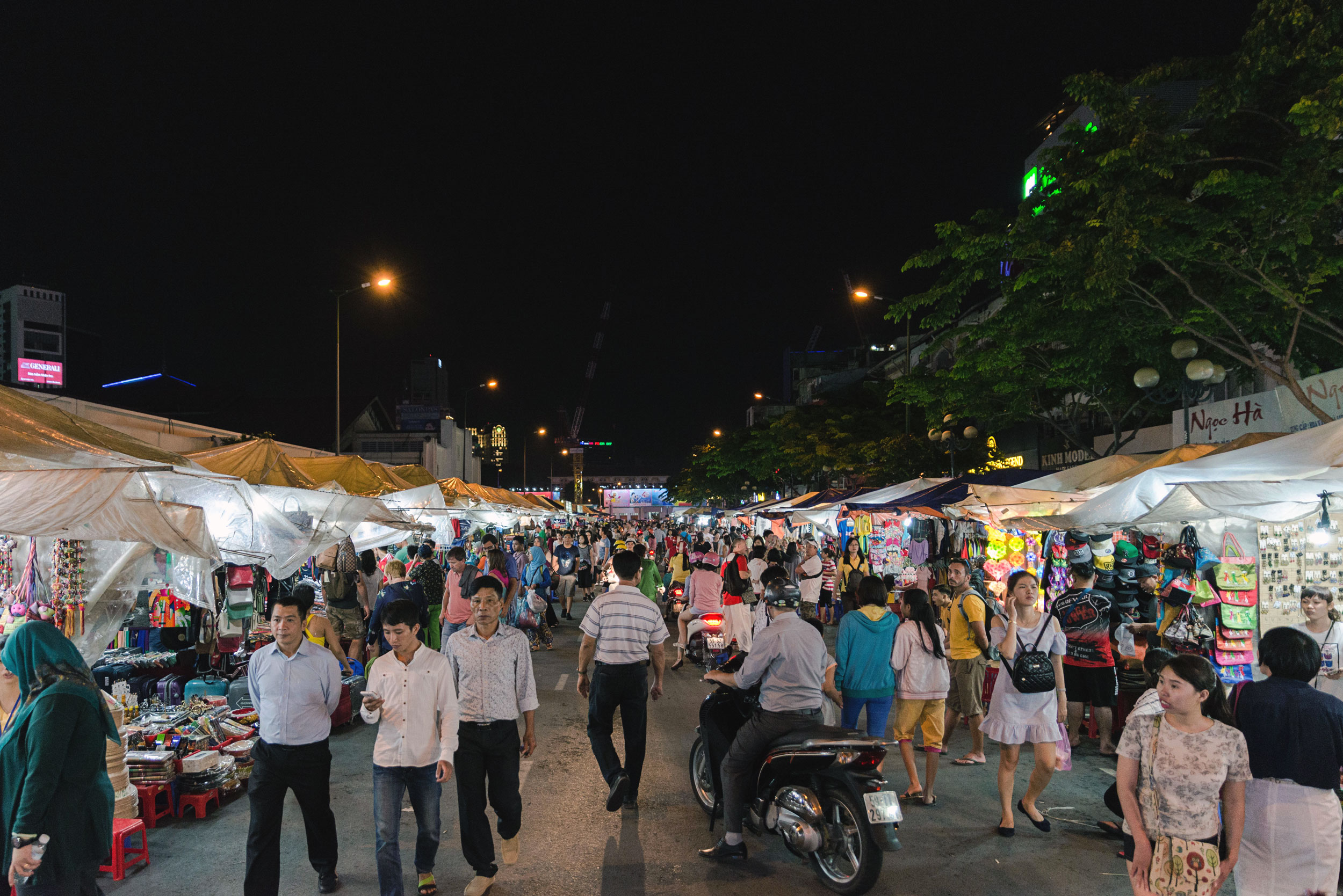 Ben Thanh night market in Ho Chi Minh