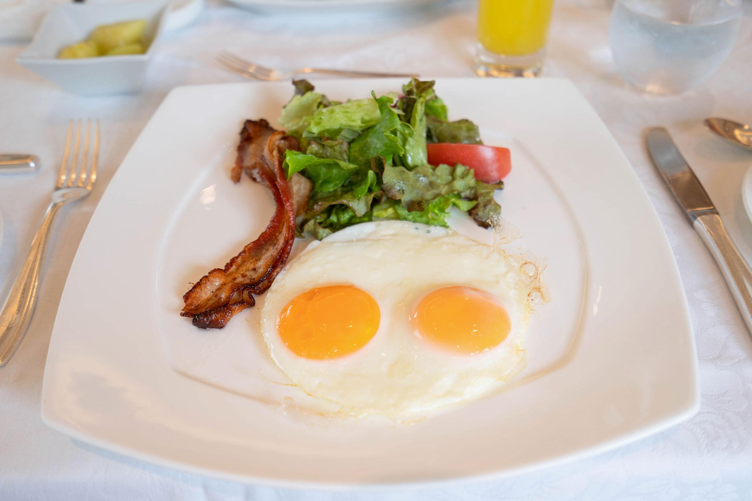 Breakfast at Vert Bois