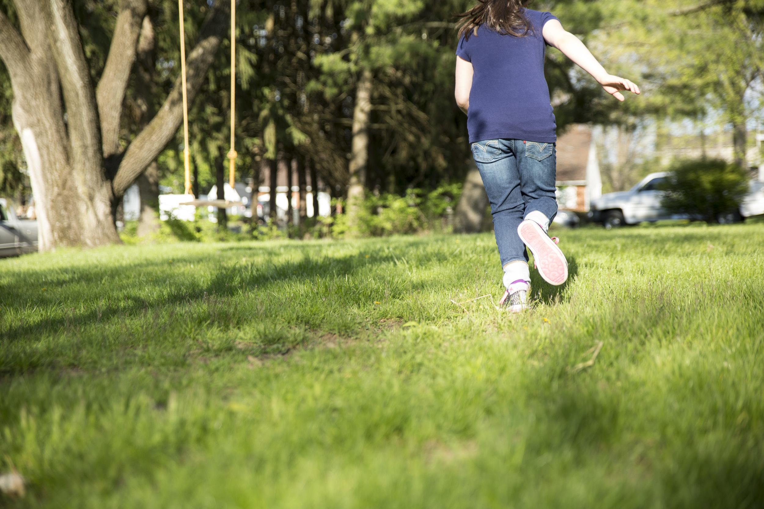 backyard-girl-grass-photo.jpg