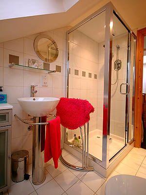 smallbath2.jpg