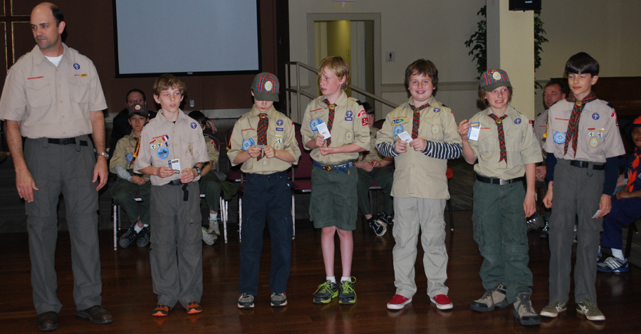 DSC_0231_leader_older cubs_medium.jpg