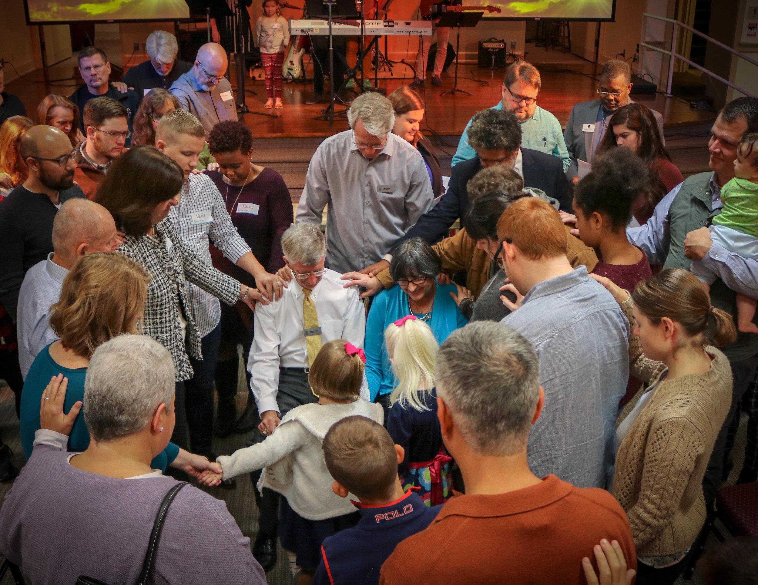 first-baptist-church-decatur-worship-bob-williamson-fresh-start-prayer.jpg