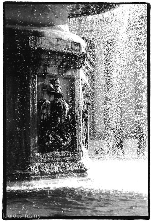 63946CC_fountain.jpg