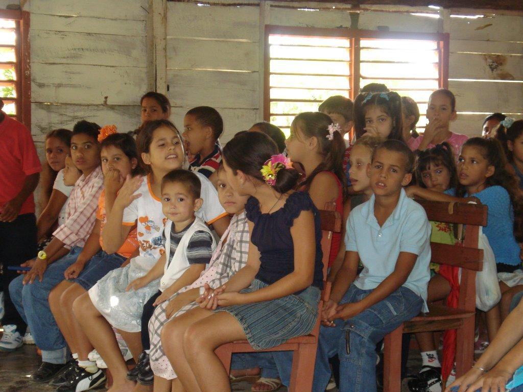 Cuba Children (4).jpg