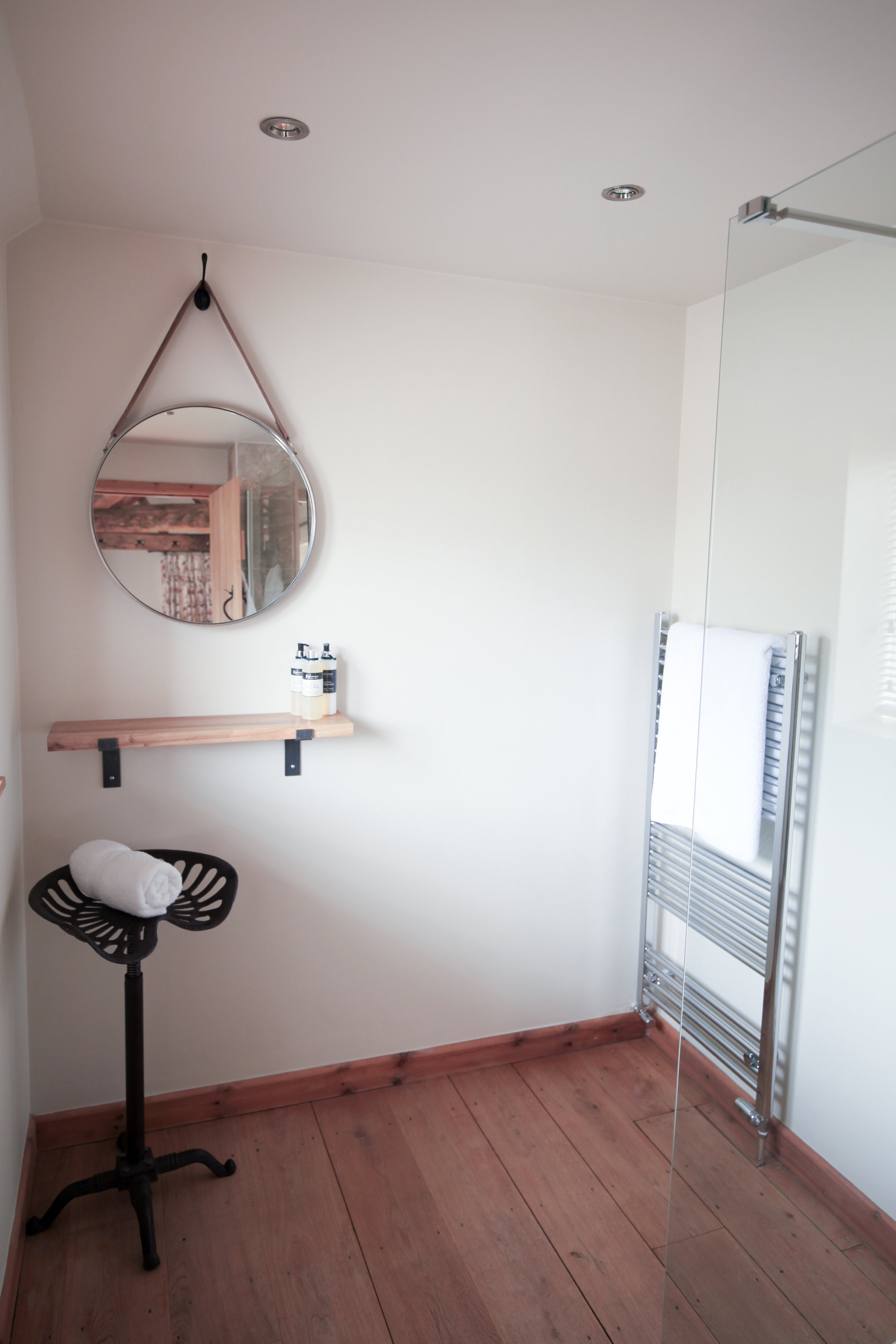 The Office - shower-room.jpg