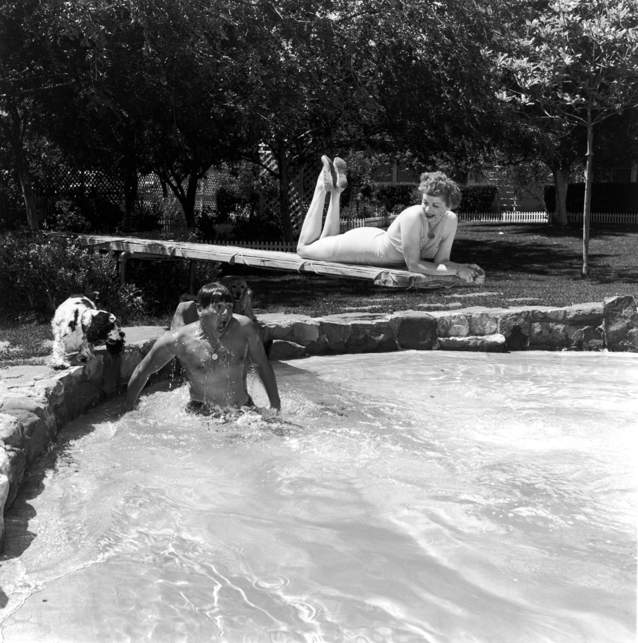 gallery-1436470682-lucy-desi-pool-archive-photo.jpg