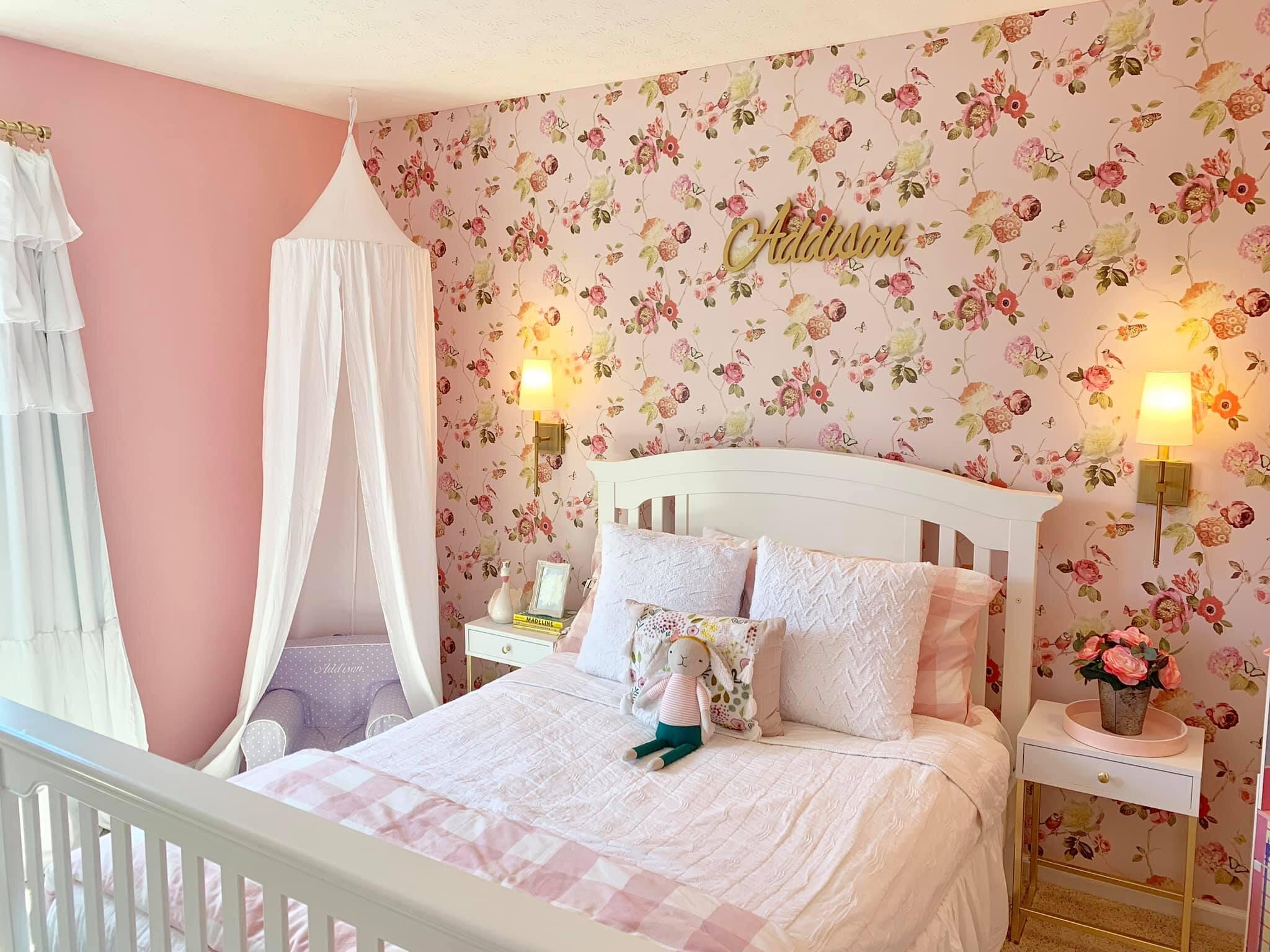 Preppy Pink Little S Room