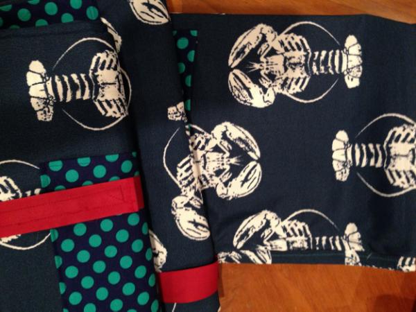 Lobster Water Resistant Pocket Picnic Blanket