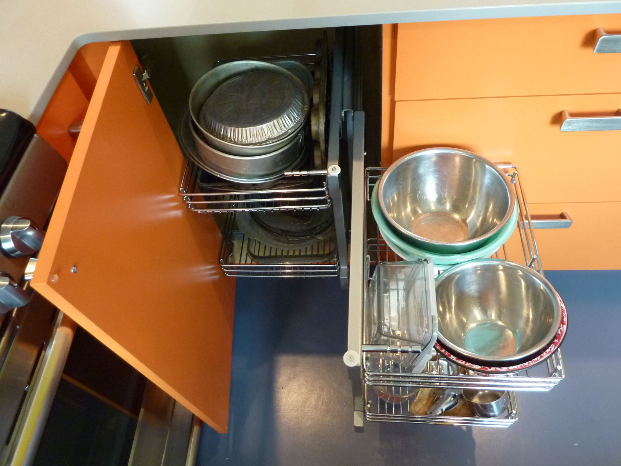 Pullouts maximize space