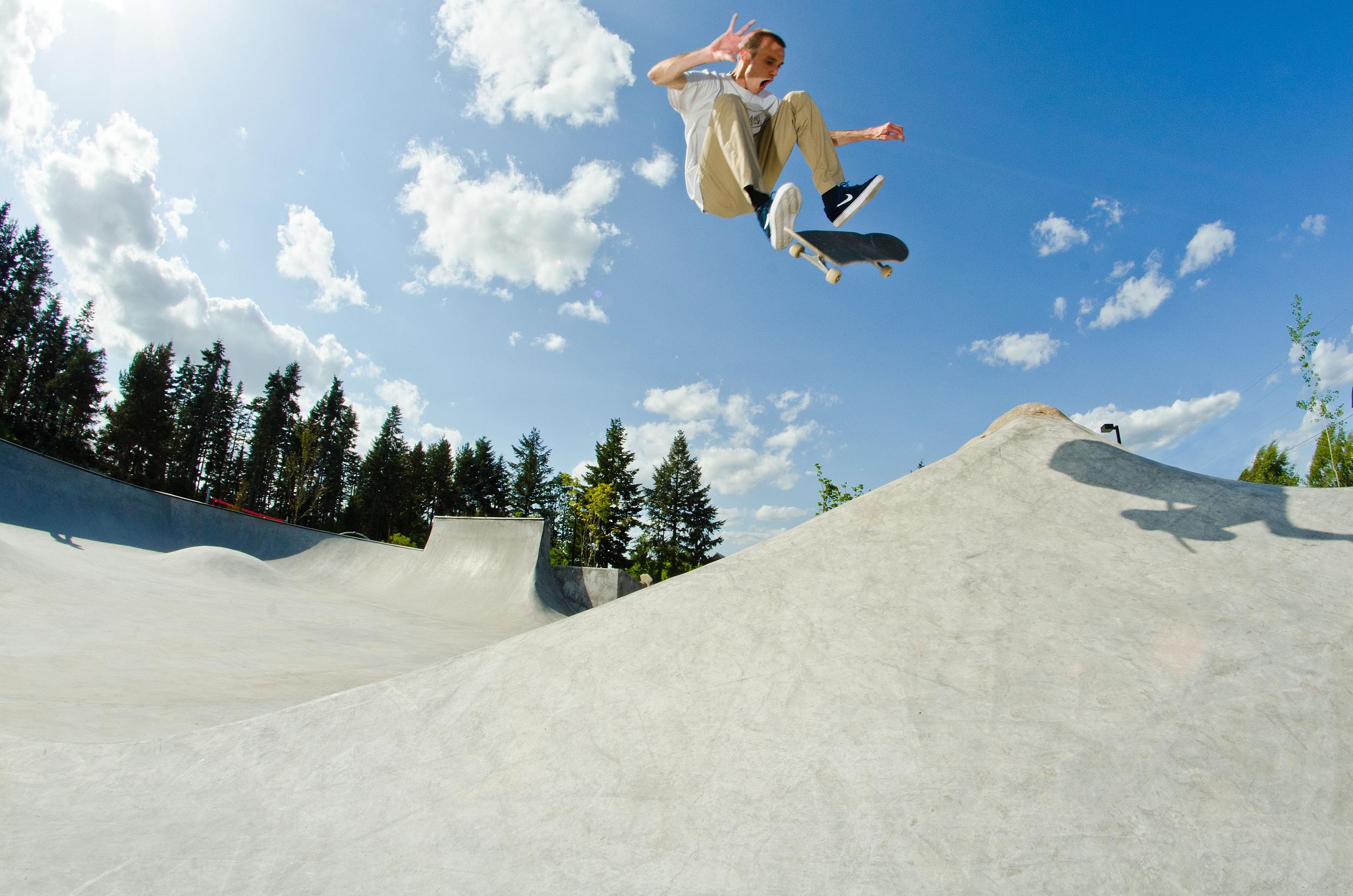 Corby Deglow, FS Flip. Photo: Elias Parise