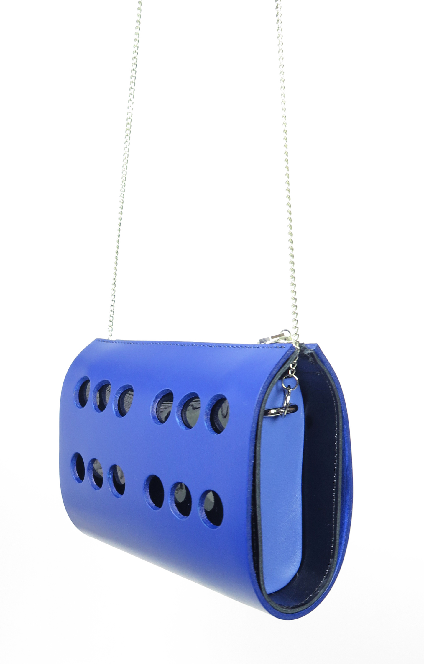 MC-AW15-VENUS-CLUTCH-Blue-1.jpg