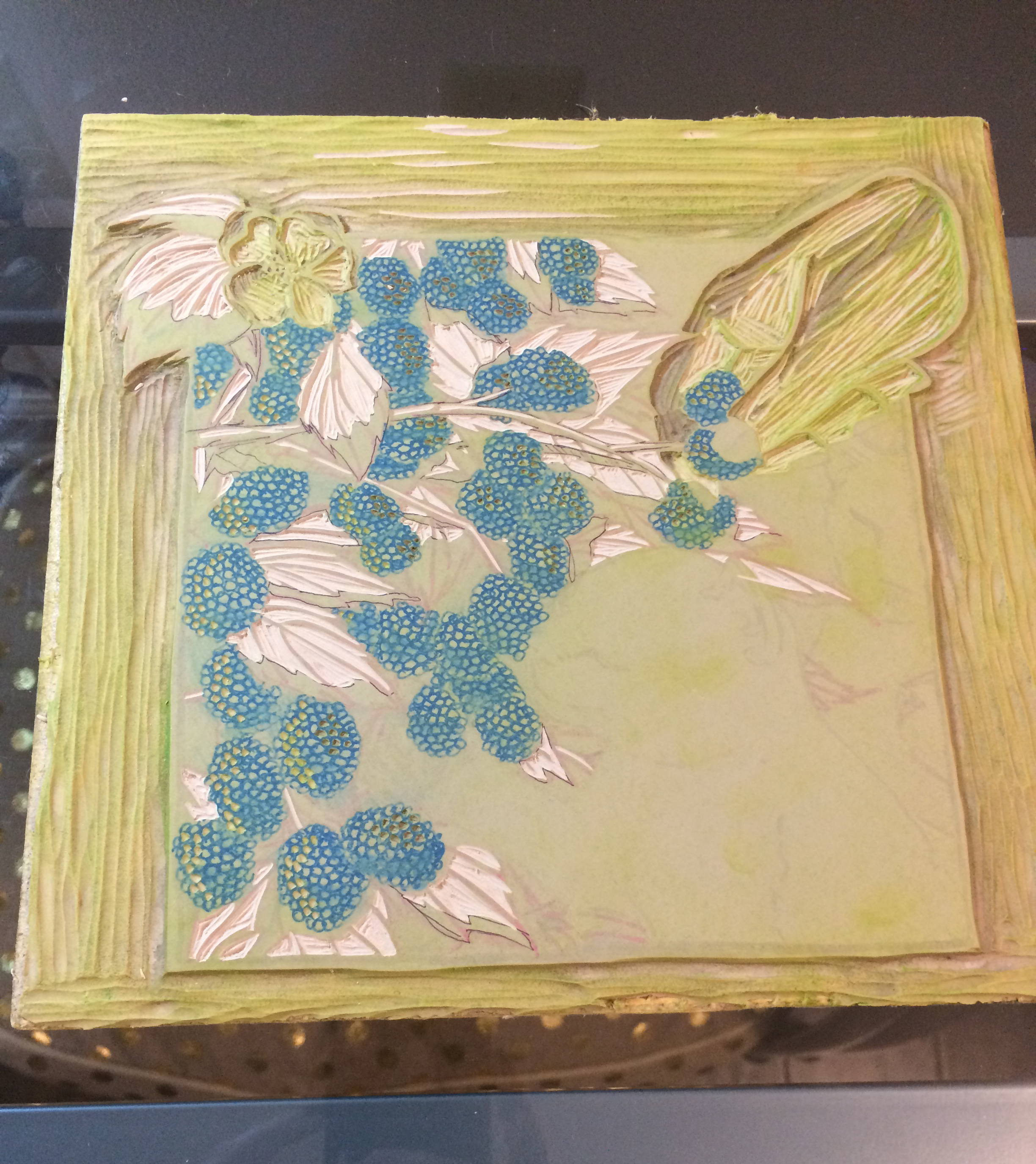 Layer 3 is done, so this is layer 4. It will be the leaf shadow color, and it will reveal the light green leaf color.