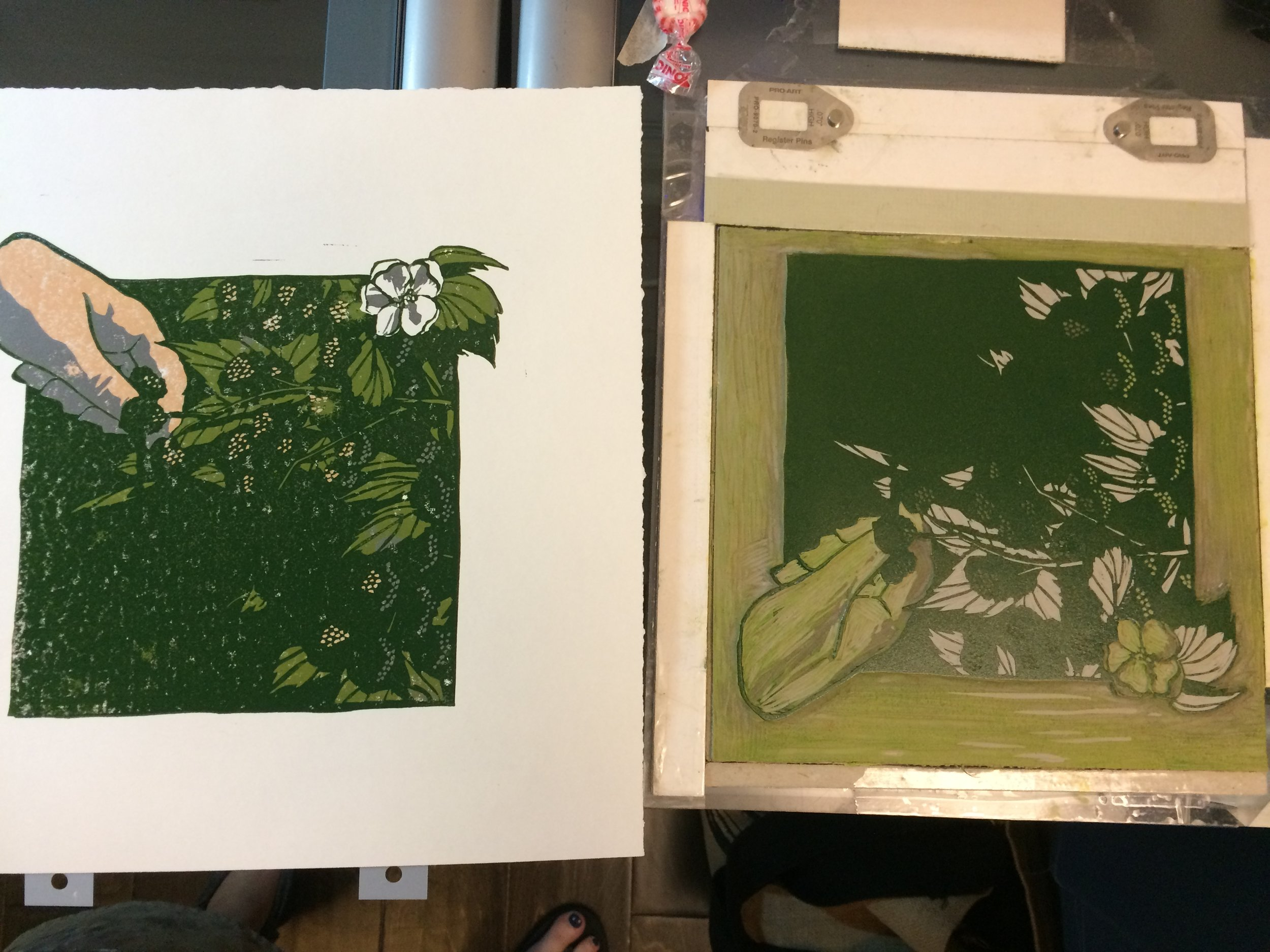 AND here's what that looks like. Next I carve away the rest of the leaves, and print the light color on the berries.
