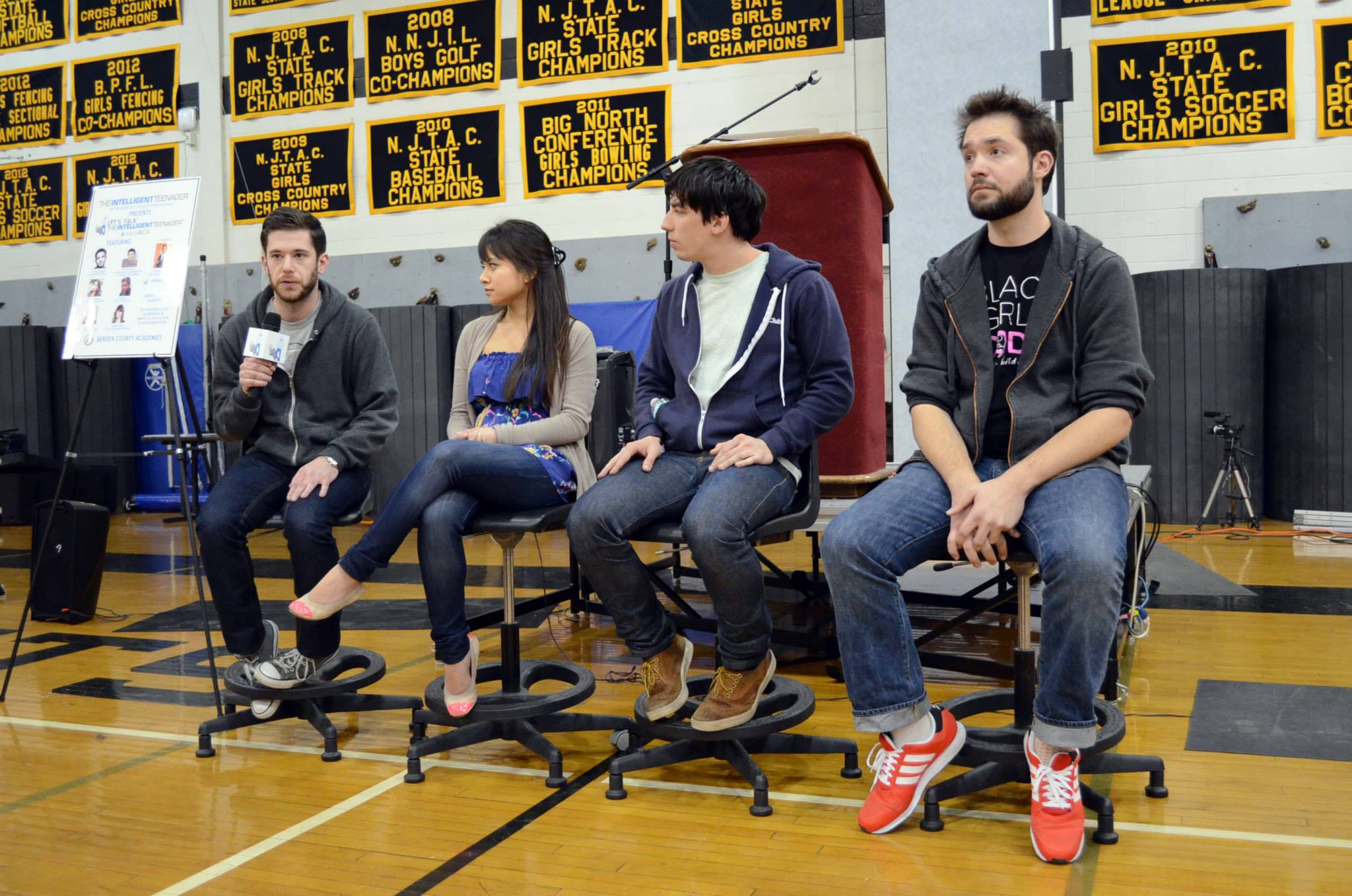 Judges: Colin Kroll, Rebecca Garcia, Mattan Griffel, Alexis Ohanian