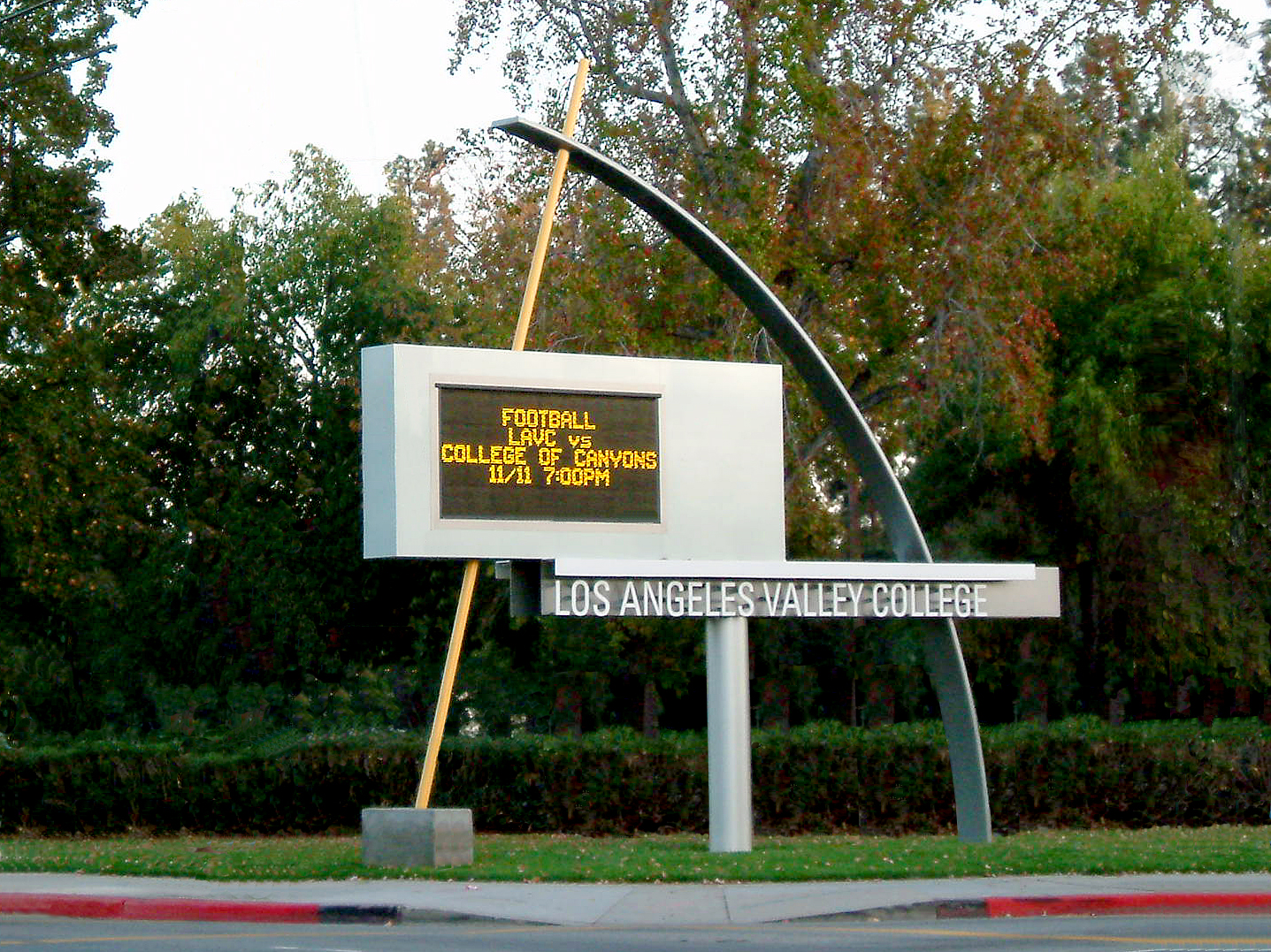 02-Valley Marquee.jpg