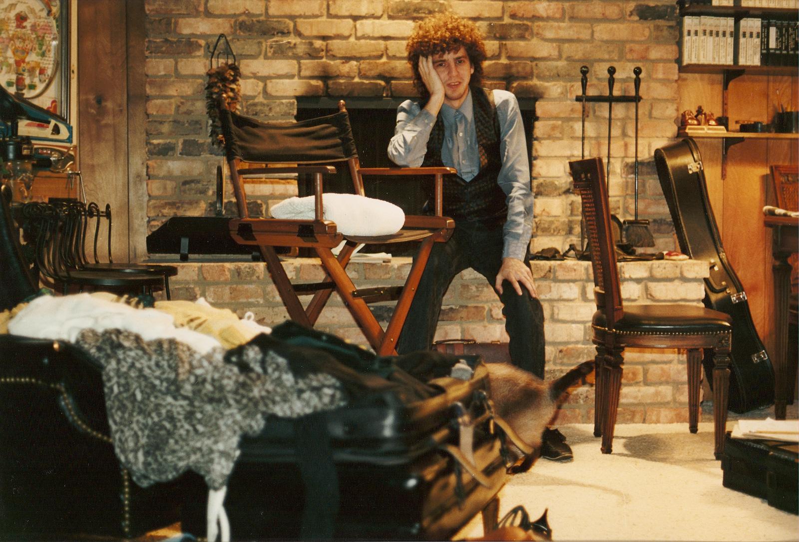 Magic Marc at Home  Minneapolis,Minnesota / June, 1989  Photo by Debra Rodman