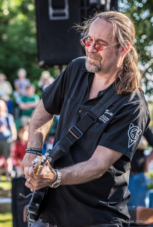 Patrick Nettesheim / The Veterans' Memorial Wolfe Park Amphitheater / St. Louis Park, Minnesota / August 1st, 2015