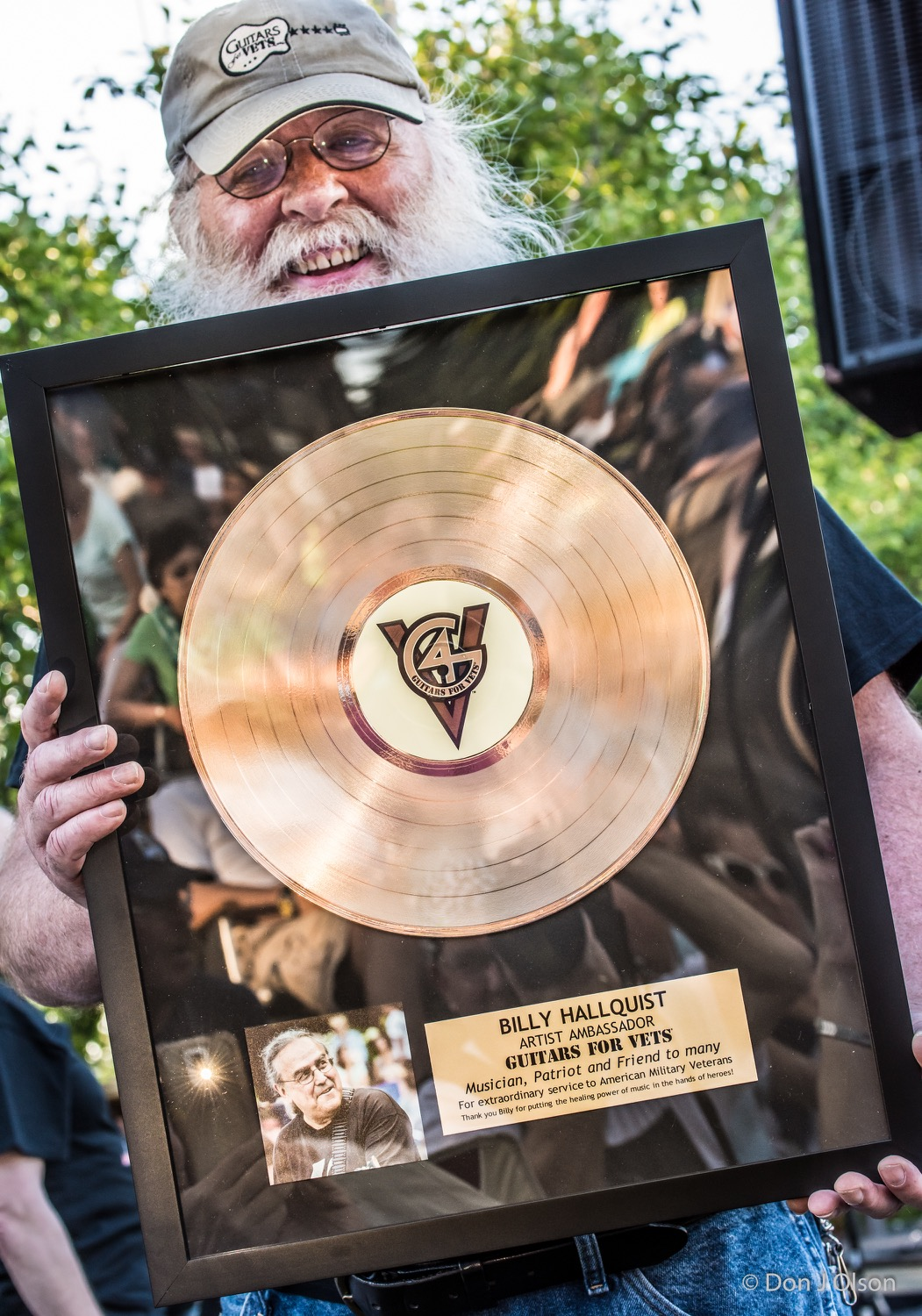 Mike DesLauriers / BILLY HALLQUIST - ARTIST AMBASSADOR - GUITARS FOR VETS - Gold Record Award / The Veterans' Memorial Wolfe Park Amphitheater / St. Louis Park, Minnesota / August 1st, 2015