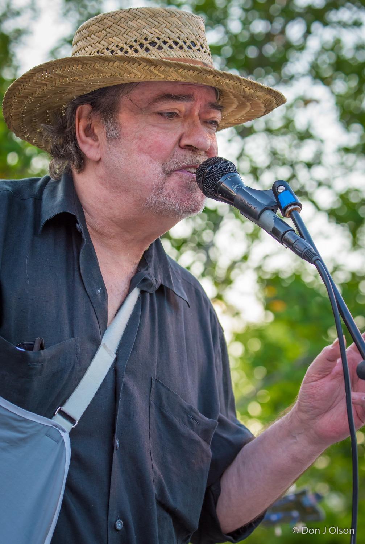 Barry Thomas Goldberg / The Veterans' Memorial Wolfe Park Amphitheater / St. Louis Park, Minnesota / August 1st, 2015