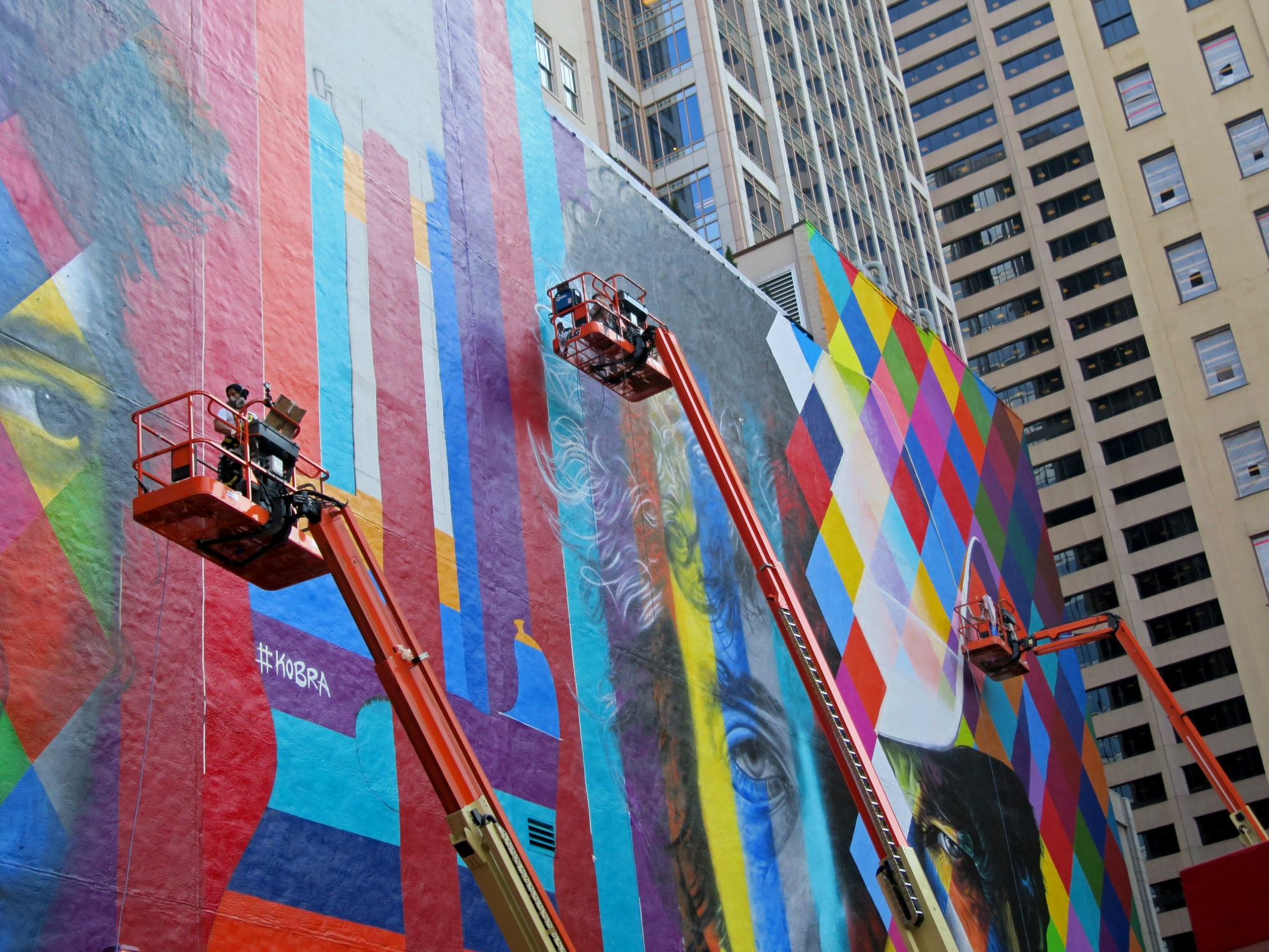 Bob Dylan mural by Eduardo Kobra, work progressing, Thursday, Sept 03 2015
