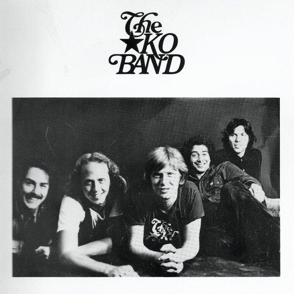 Billy Hallquist, Jeff Dayton, Kevin Odegard, Bobby 'Z' Rivkin and Gary Lopac / Photo by Nancy Bundt © 1975