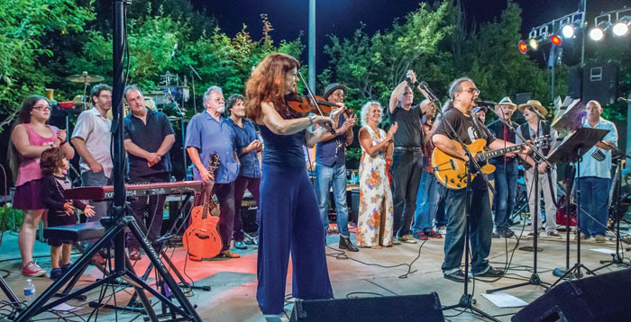 Scarlet Rivera plays the violin in a Salute to the Music of Bob Dylan concert. (Submitted photo)