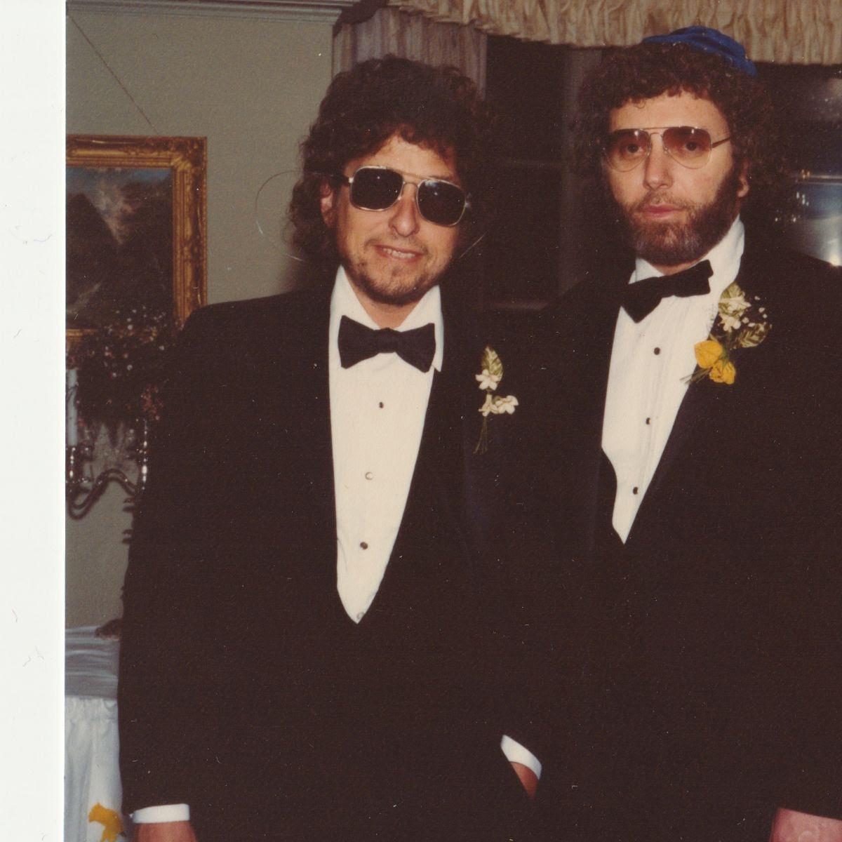 Bob as best man at Louis' wedding.