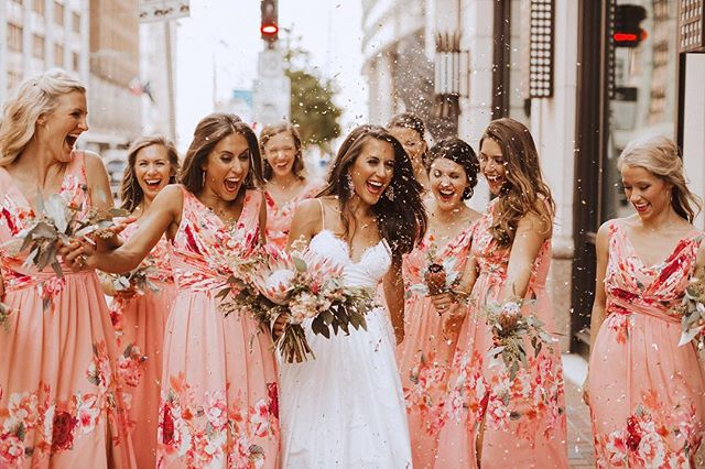 This wedding is live on @bridesofhouston blog today.  Tap for all the amazing vendors.  The corals and pinks were a pop of joy downtown, taking over the city just like the confetti they brought along for photos. . . . . .  #makeportraits #portraitcollective #lookslikefilm #canon #thatsdarling #chasinglight #visualco #photographyislifeeop #tellon #ftwotw #loveauthentic #film #houstonweddingphotographer #quietthechaos #naturallight #texasweddingphotographer #wedhouston #houstonphotography #houstonphotographer #houstonwedding #uniqueweddingphotography #fineartweddingphotography #weddingphotos #weddinginspo #bohowedding #modernwedding #wedhouston #sisterphotogs