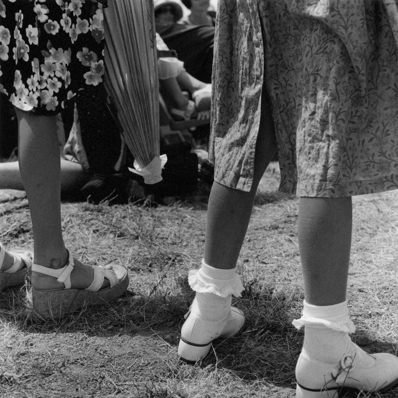 girls_legs.jpg