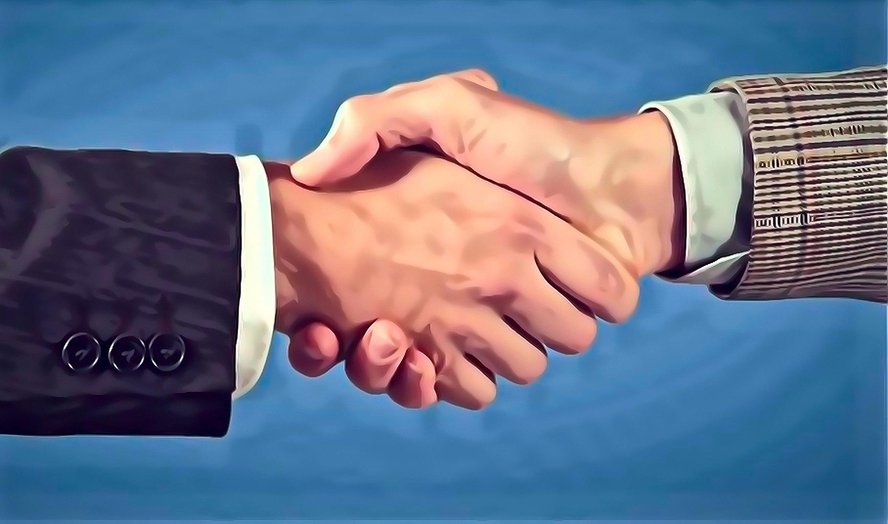 Shaking hands with your interviewer allows you to be sure you leave a good impression.