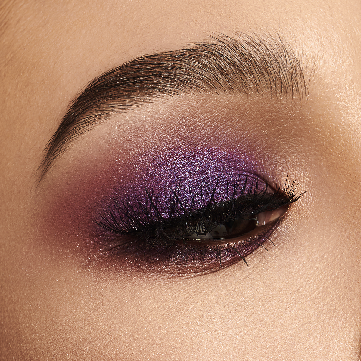 10_Covergirl_Bright_Eyes_04_031_retouched_square web.jpg
