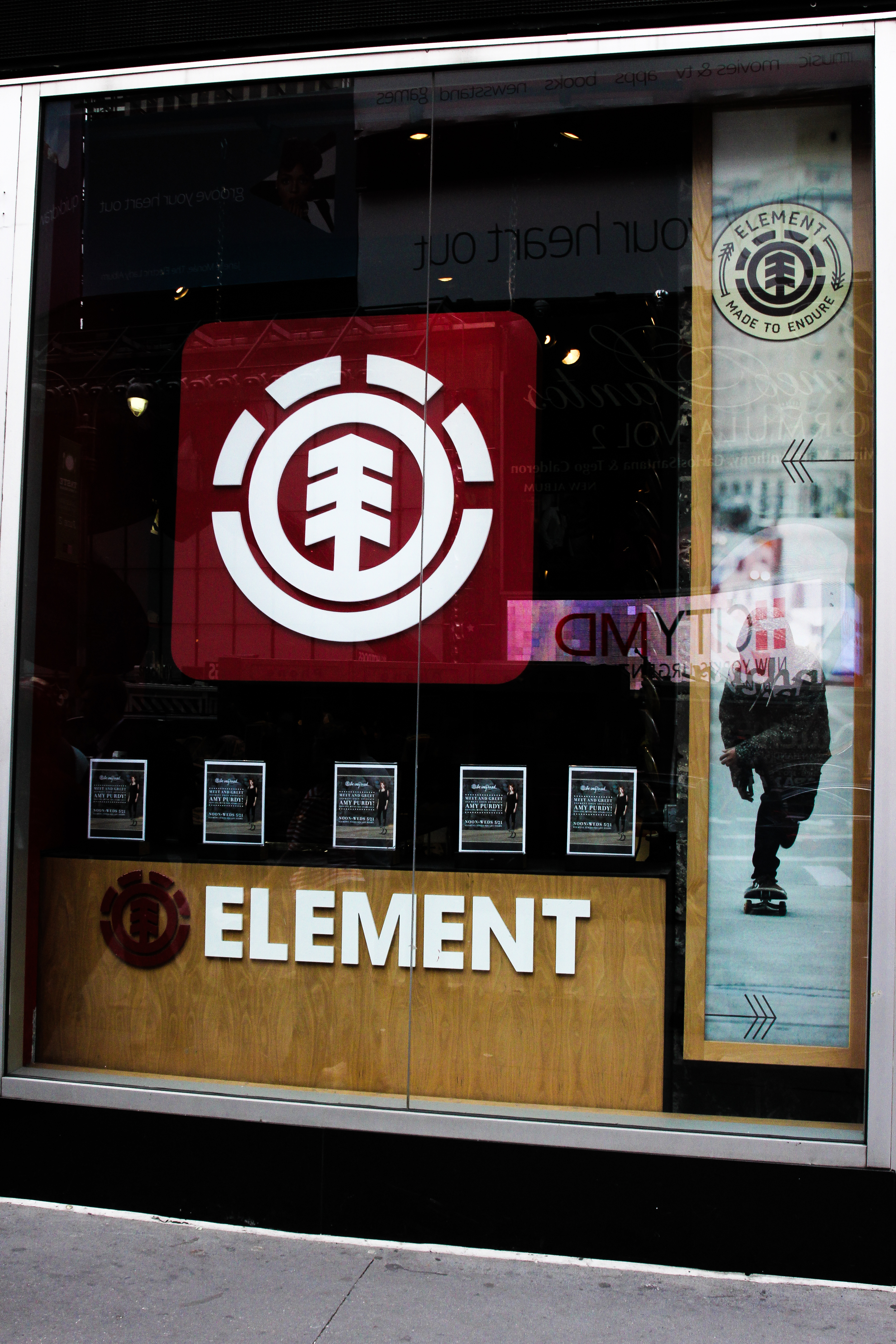 A store I had longed to see for quite a while: the Element store in Time Square.