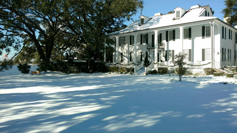 2017  snow at KH.jpg