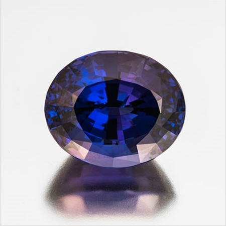 Blue Christmas? Oval cut tanzanite, 45.10 carats, 22.57 x 18.69 x 15.44 mm, heated. This stone was custom-cut by Bernd Cullman, Idar-Oberstein, Germany. (Photos: Mia Dixon)