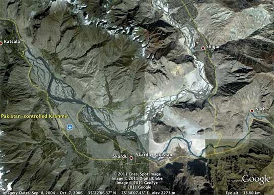 Aerial view of the Skardu region.    Click    to enlarge. (Courtesy K. Scarratt)