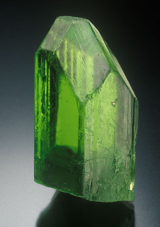 Peridot crystal from Mogok, 4.3 cm high. Bill Larson Collection. (Photo: Jeff Scovil)