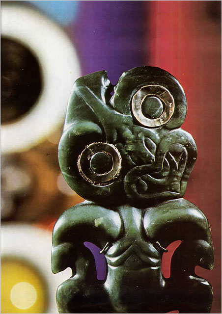 Greenstone (nephrite) hei-tiki   of Maori workmanship. (Photo: Roger Guillemot)