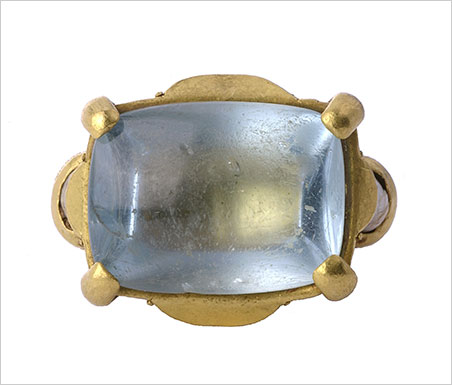 Byzantine Gemstone Ring . Byzantium, Constantinople, 12th-13th century. Gold, aquamarine, and pearls. Bezel 23.5 x 19mm. Griffin Collection. (Photo: Richard Goodbody)