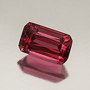This natural Burmese red spinel weighs 2.94 carats. Inventory #18981 . (Photo: Mia Dixon)