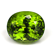 Envious? Pakistan produces fine peridot in larger sizes, like this 10.35-carat beauty. Inv. #13165 . (Photo: Wimon Manorotkul)