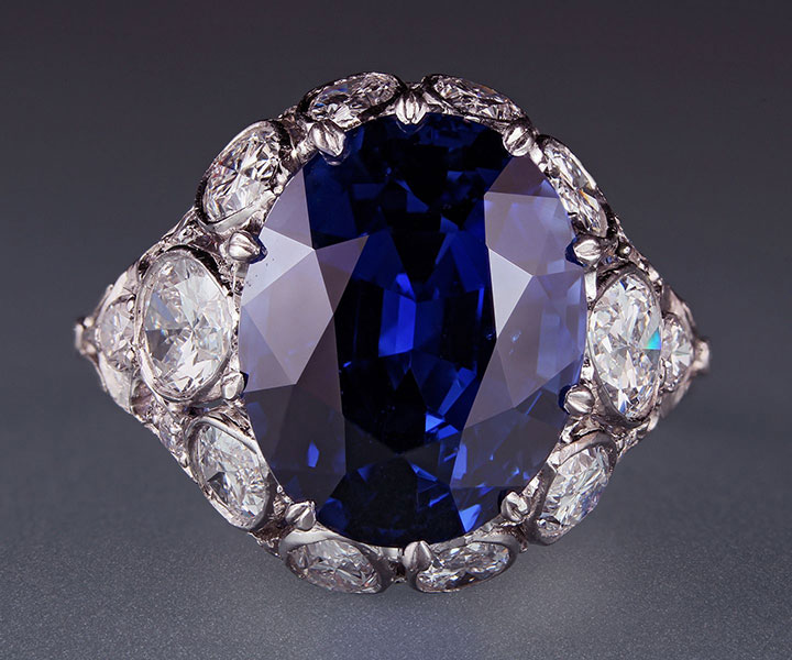 A 10.08-carat sapphire in platinum ring, flanked by 10 pear-shaped and 16 round diamonds, approximately 2.43 carats. From the Cora Miller Collection. (Photo:Harold Moritz, courtesy of Yale Peabody Museum)