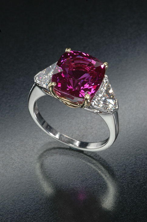 Purple sapphire , 7.51 ct, from the Cora N. Miller Collection. (Photo: Jeff Scovil, courtesy R. W. Wise, Goldsmiths)