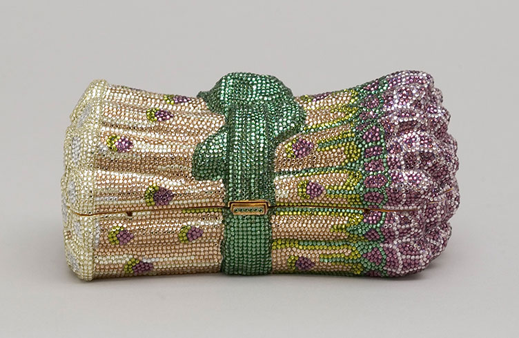 Asparagus minaudière  with rhinestones, 1996. (Photo: Gary Mamay, courtesy the Leiber Collection)