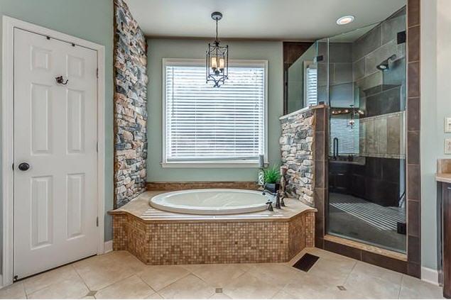 Tiber Ridge Bathroom.jpg