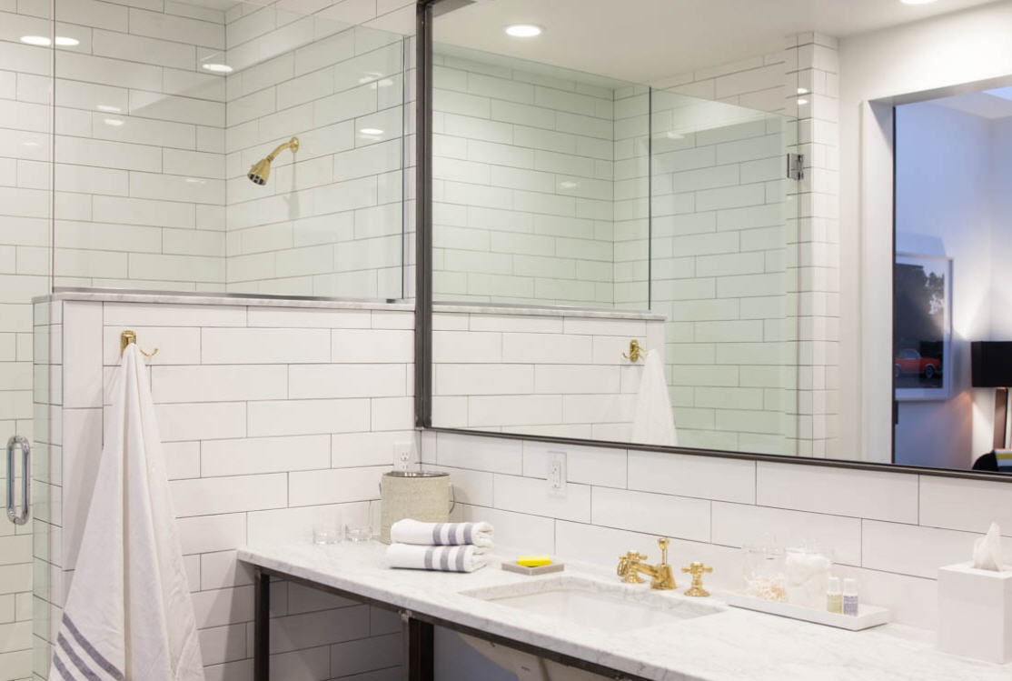 404 Hotel Bathroom.jpg
